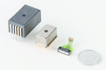 Introducing the world's smallest grating spectrometer offering high sensitivity, compact size, light weight and low cost